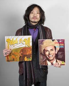 Taku, 25, from Japan has been collecting records for 8 years, who claims to collect everything. January, 2014.Records:• Ralph McTell – My Side Of Your Window • The Unforgetable Hank Williams